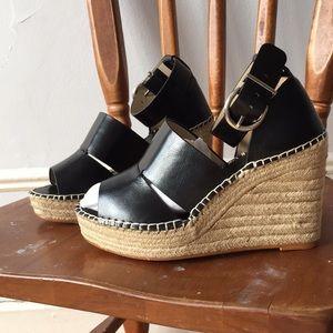 NWOT Zara wedge jute and black sandals